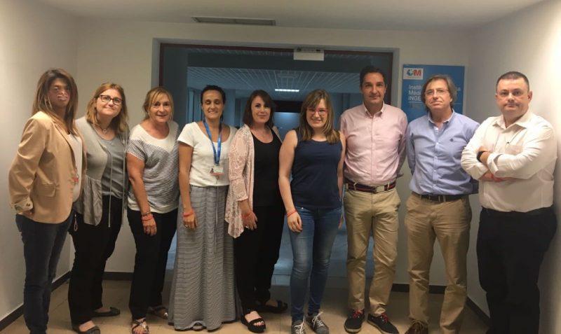 En la foto, de izquierda a derecha, Fide Mirón, Mónica Puerto, Mercè Bellavista, Beatriz Gómez, Mei García, Raquel Ciriza, Javier Pérez-Mínguez, Pablo Lapunzina y Francisco Monfort